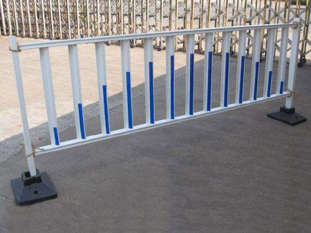 郑州工程护栏,选择昌隆护栏制造非常正确