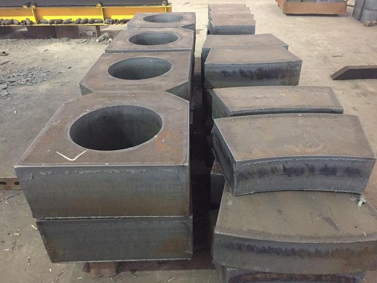 Q355B钢板切割配重块
