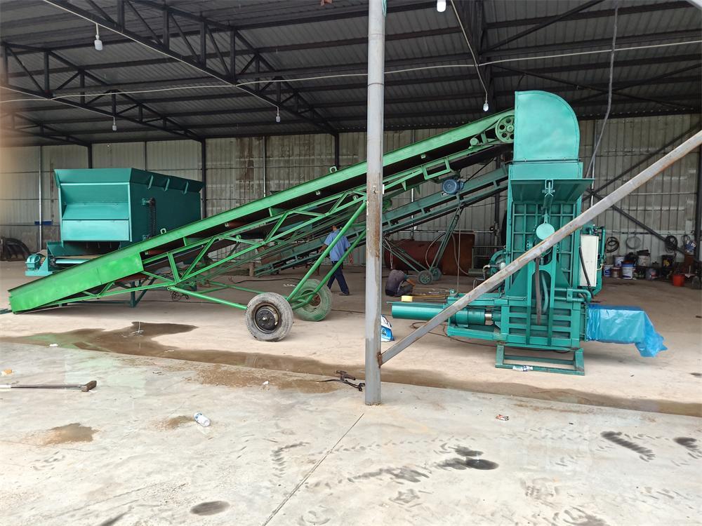 玉米秸稈打包機廠家-選購耐用的秸稈打包機就選三德重工
