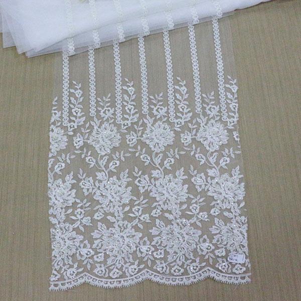 刺绣面料供应_卓思服饰提供优良的绣花面料产品