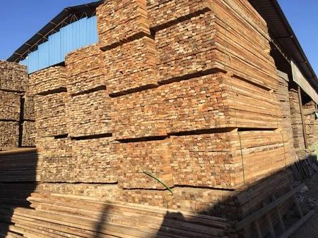 辽宁模板回收电话|沈阳口碑好的木方回收哪里有提供