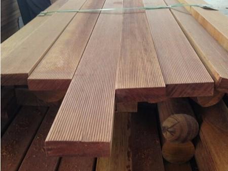 防腐木杆价格_哪里有卖新品防腐木杆