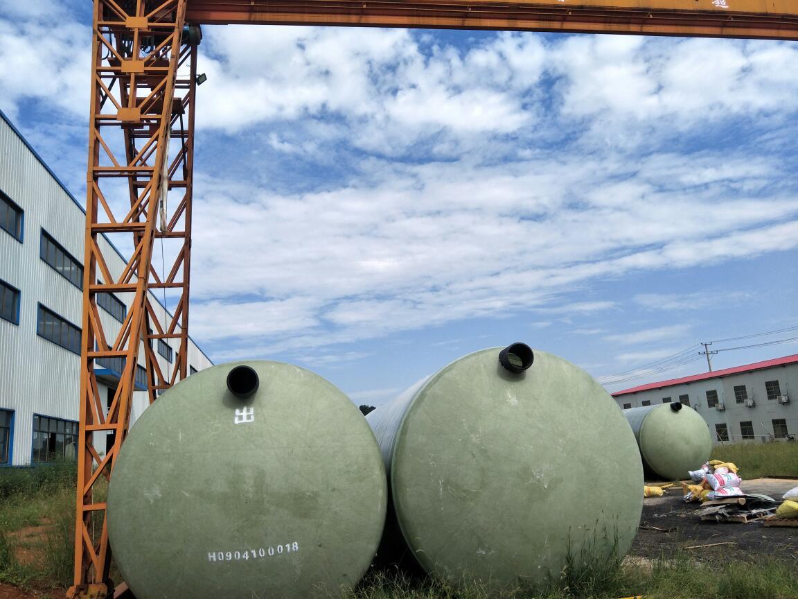 成品化粪池价格市场行情|哪里能买到报价合理的易净环保玻璃钢化粪池