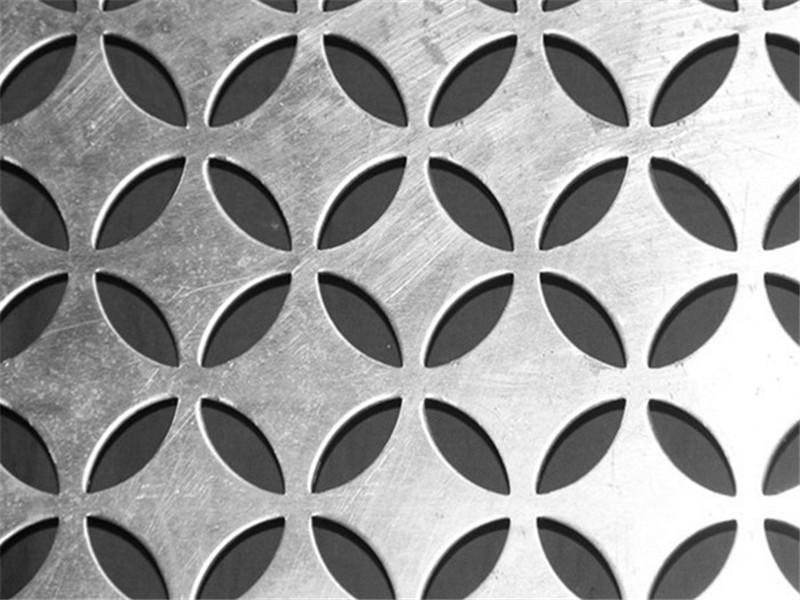 304不锈钢穿孔建筑装饰面板--安平县万诺丝网