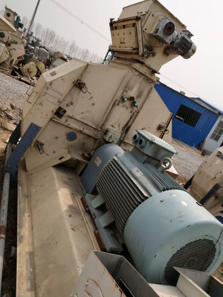 济宁超值的二手粉碎机推荐|二手河北双义132千瓦超微粉碎机
