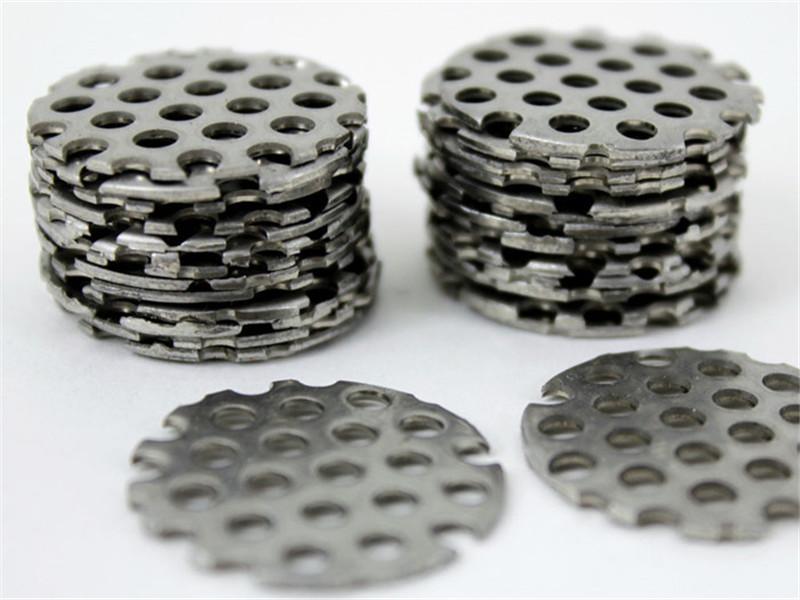 不锈钢数控冲孔筛板--安平县万诺丝网