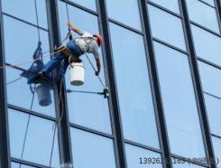 佛山专业玻璃幕墙换胶 高性价玻璃幕墙火热供应中