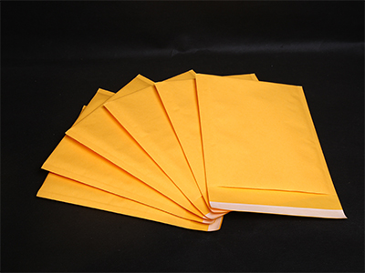 河南牛皮紙氣泡袋價格-鄭州價格實惠的金黃色牛皮紙氣泡袋供應