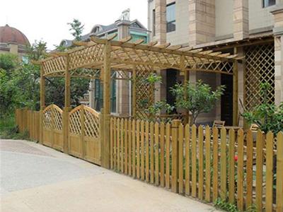 木栅栏小门_优良的经典栅栏小门尽在弘发园林景观