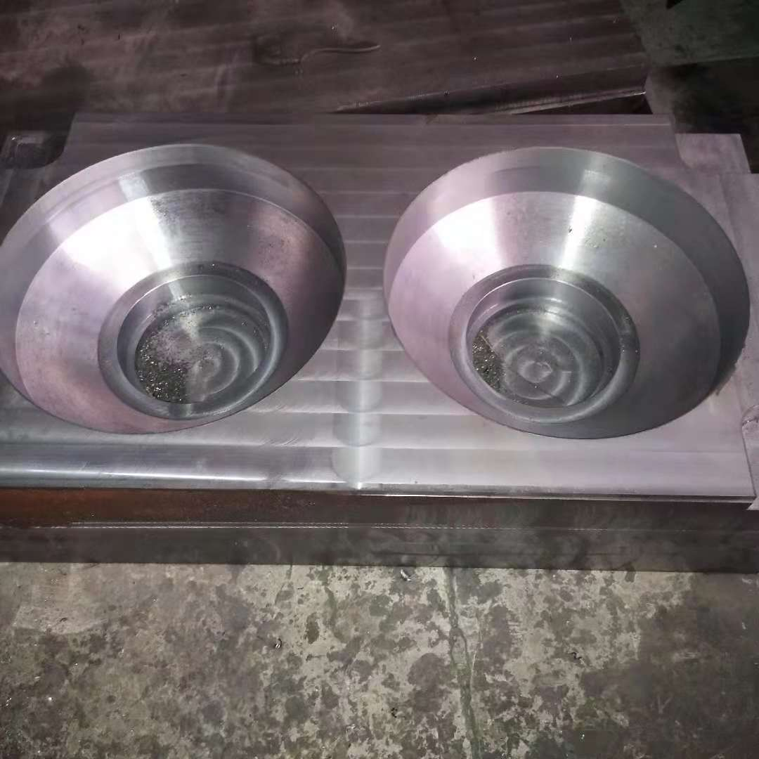 玻璃钢变径套模具设备 优质的玻璃钢变径套模具供应