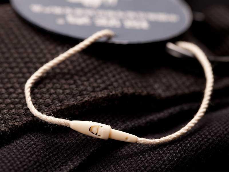 想买有品质的吊粒,就到肇庆联辉服装辅料-服装塑料吊粒定制
