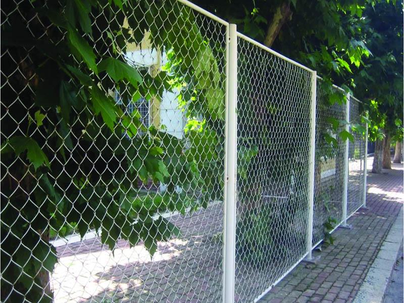江苏波浪型护栏网供应|大量供应优良的隔离网