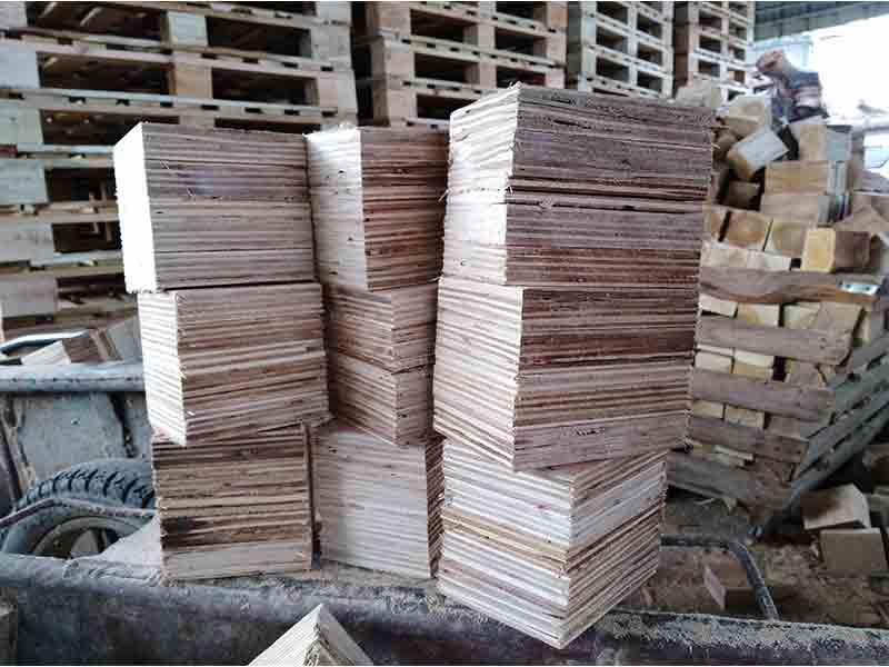 木栈板推荐商家-供应广东划算的货物实木托盘