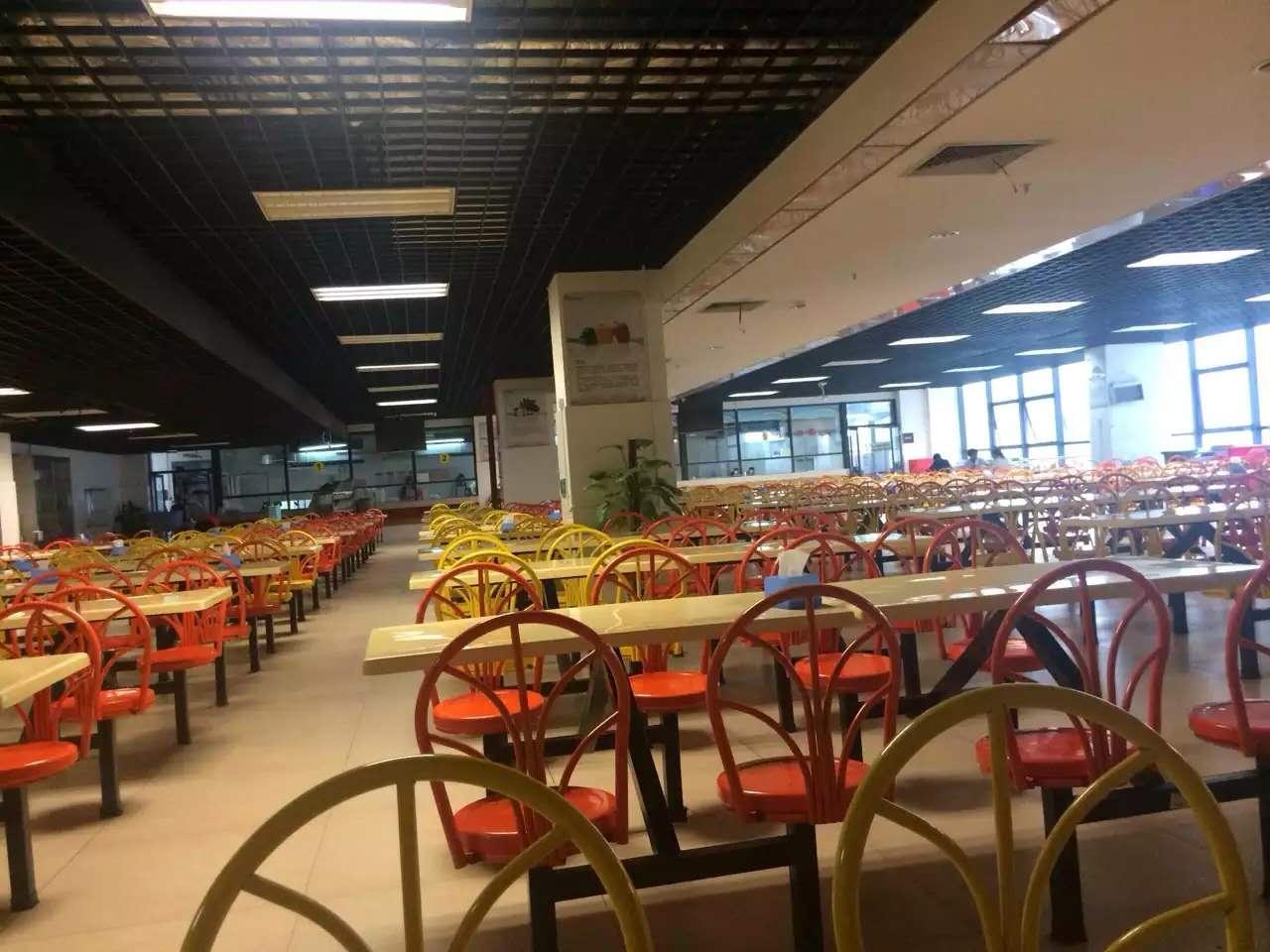 惠州學校膳食承包,有保障的學校食堂承包深圳市精誠飲食服務提供