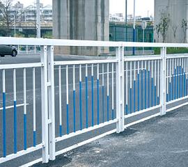 南宁铁艺护栏_选质量好的道路护栏,就到南宁华轩装饰