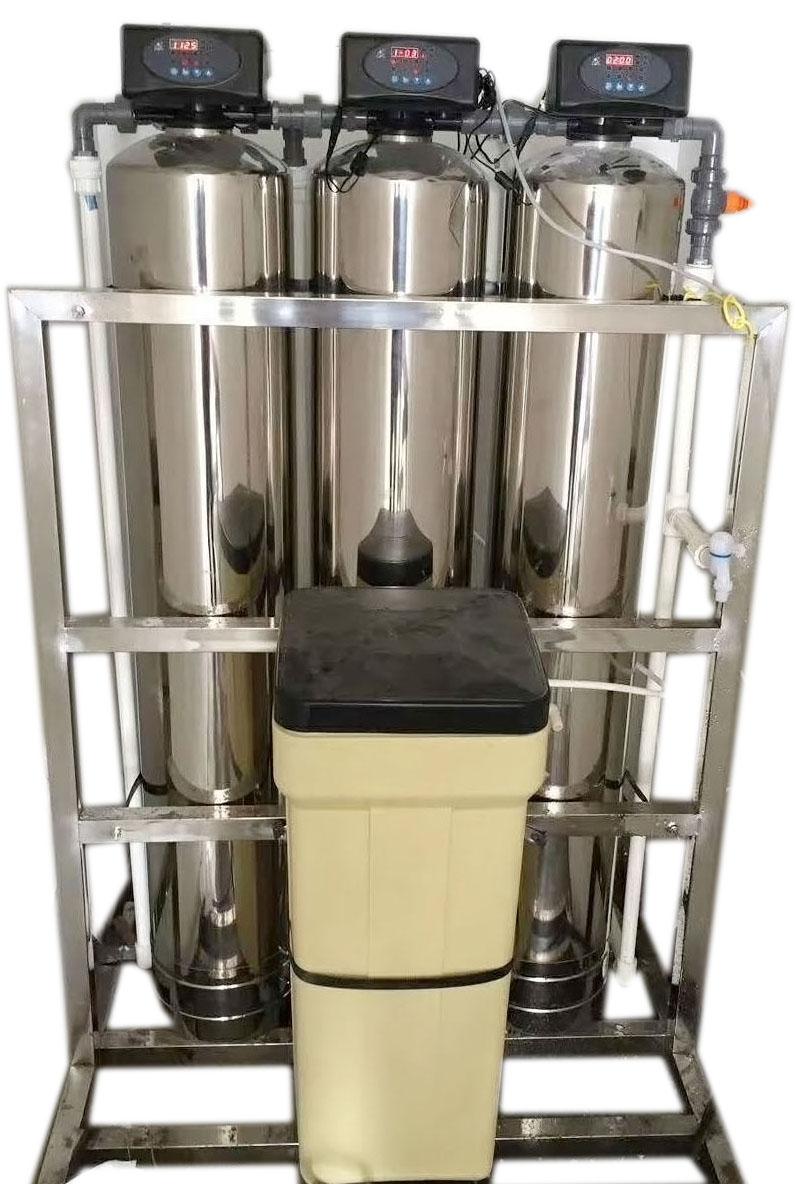 厂家直销的离子软化水设备 工业家庭通用软水器 价格实惠