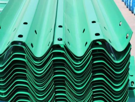 平顶山镀锌喷塑护栏价格-品牌好的镀锌钢喷塑护栏厂商