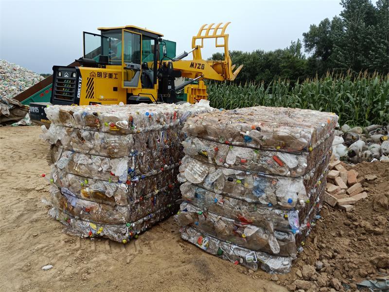 立式塑料打包机-山东高品质可乐瓶打包机供应
