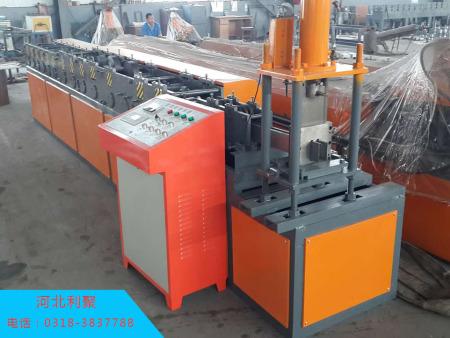 江西防火卷帘门设备|利聚金属加工机械公司专业供应卷帘门机器
