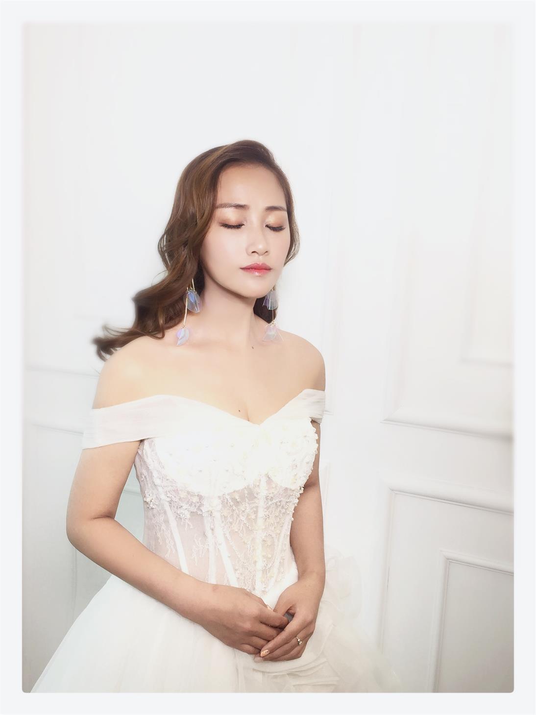 婚纱礼服定制