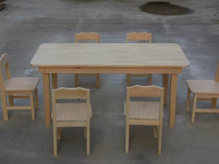 幼儿园原☆木桌厂家|上哪买质量好的幼儿园木桌