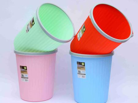 家用塑料垃圾桶厂家