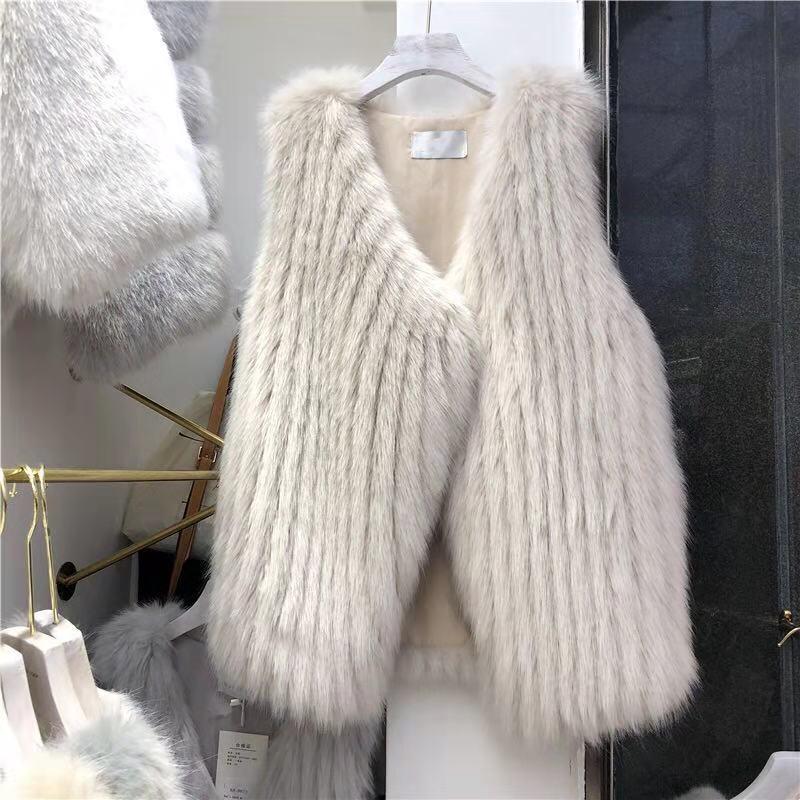 卓岳服饰花千岁快时尚淑女装批发