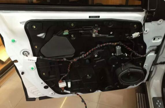 汽车音响改装-汽车隔音改装-隔音音响