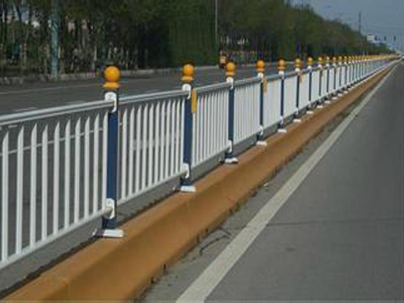 道路护栏厂家_品牌好的道路护栏推荐