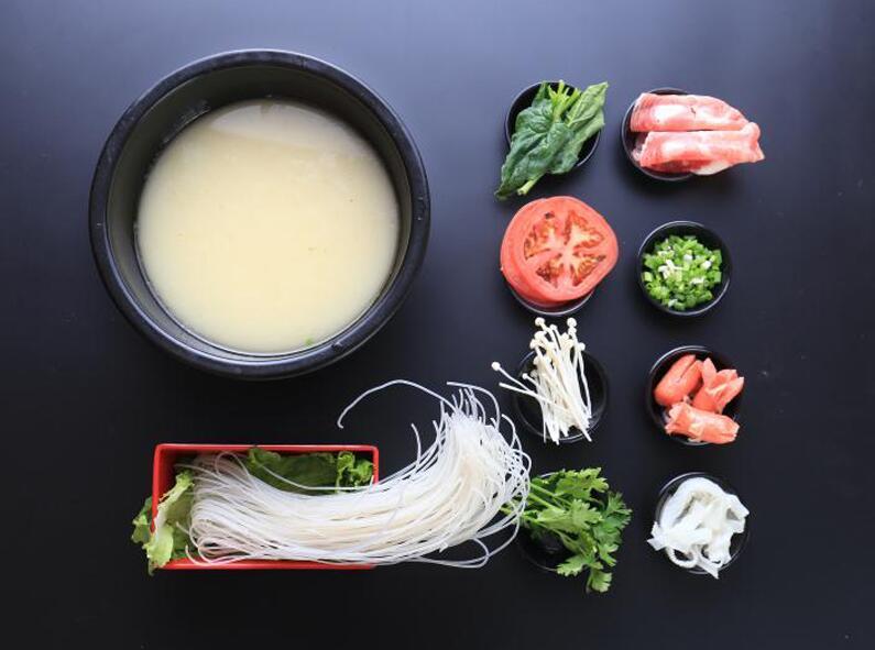 江苏过桥米线加盟,济南餐饮加盟可靠放心