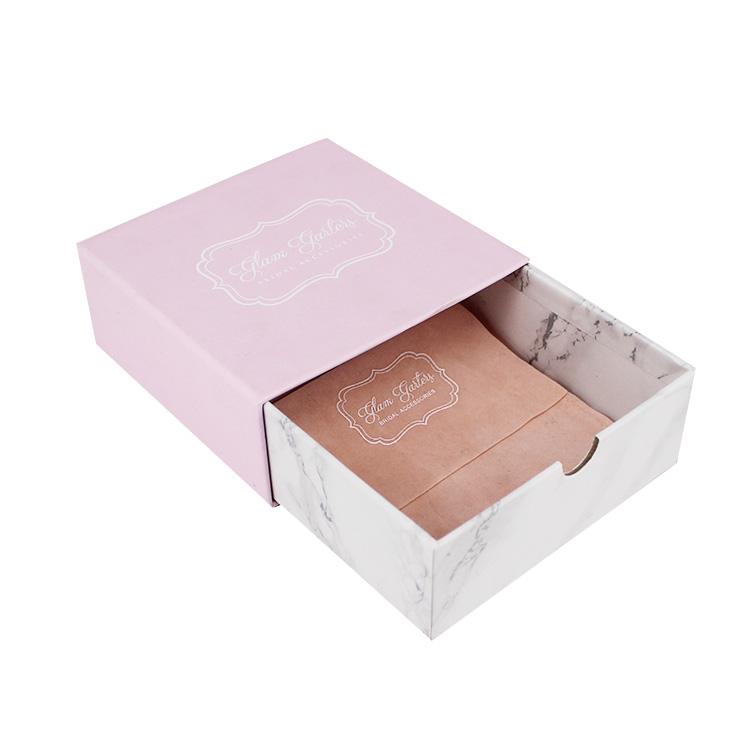 买报价合理的首饰精裱盒,就到艺陆彩包装-青岛鲜花礼盒