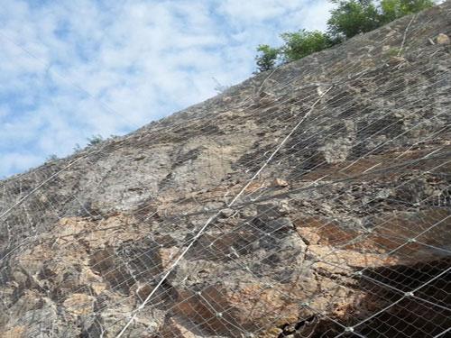 质量有保证的主动边坡防护网15131856266护坡主动网
