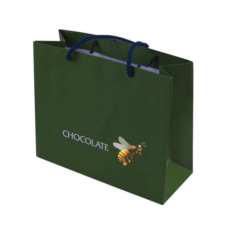 海鲜礼盒|艺陆彩包装供应不错的服装手提袋