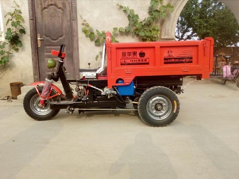 柴油工程车厂家-选靠谱的液压自卸车就到金苹果