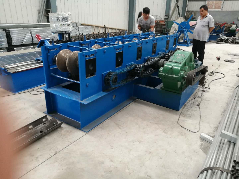 河北声誉好的二波三波护栏板修复一体机供应商是哪家-河北专业供应二波三波护栏修复机一体机