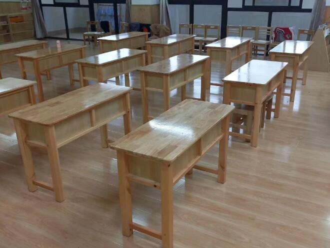 南宁幼儿园设施低价出售_推荐南宁销量好的广西课桌椅