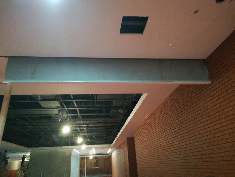 新型电动卷帘式挡烟垂壁_买专业的电动卷帘式挡烟垂壁优选广盛消防