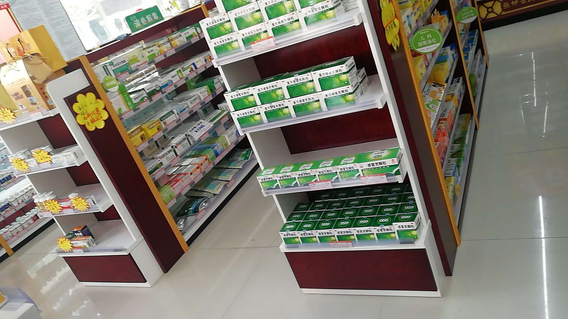 呼和浩特璟研货架,供应负重力强的呼和浩特超市货架