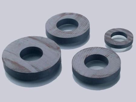 内蒙古铁氧体磁铁厂家,强力磁铁价格-惠东县黔达磁业有限公司