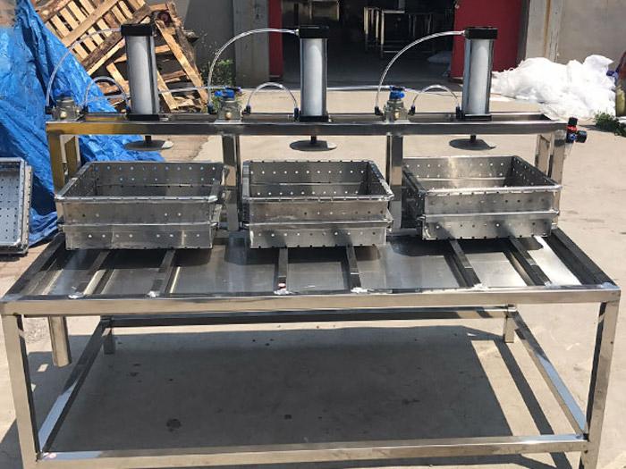 四盒豆腐成型机订制-潍坊哪里有供应耐用的豆腐成型机