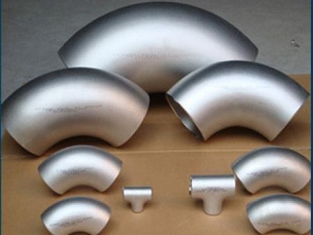沈阳迪凯管道设备为您供应实惠的碳钢封头钢材 -吉林不锈钢封头定做