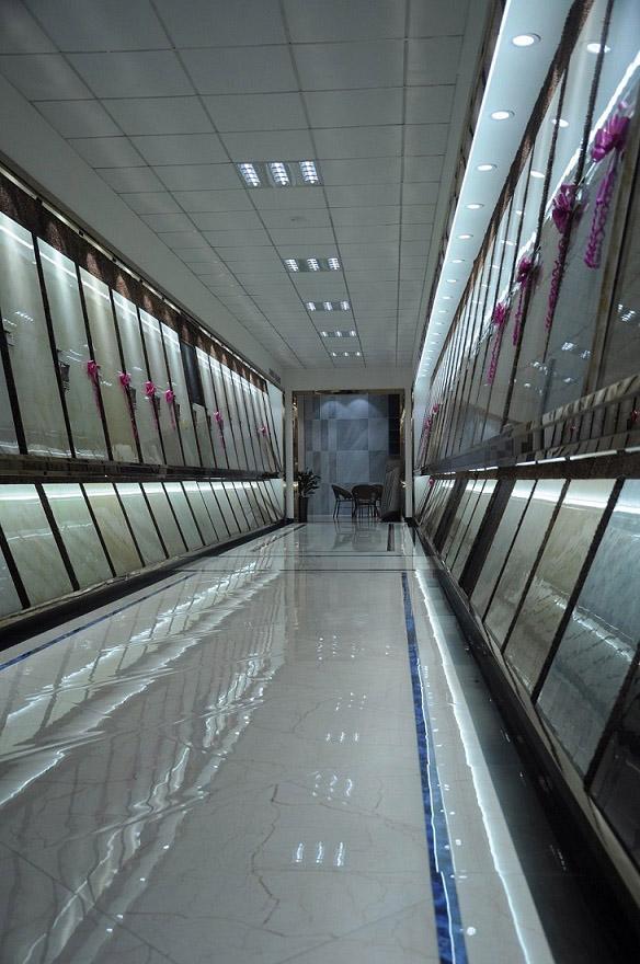 别墅瓷砖供货商-选购300系列瓷砖认准简瑞建材
