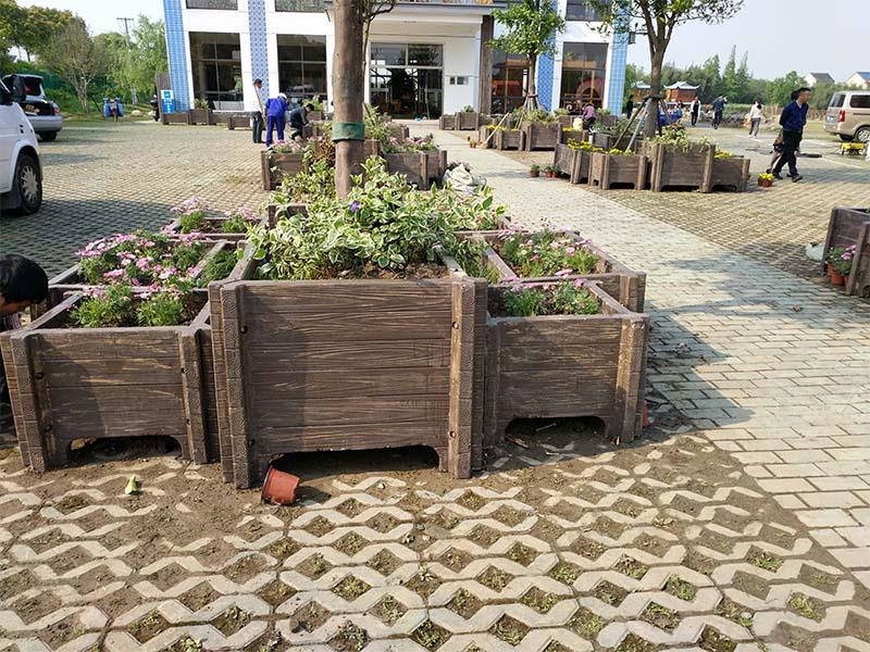 廠家供應水泥花盆生產廠家|為您推薦劃算的水泥花盆
