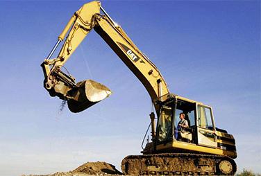 定西挖掘机培训机构-甘肃挖掘机培训学校哪家规模大