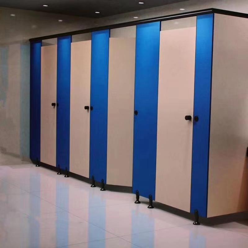 公共卫生间隔断厕所防水板抗倍特板公共洗手间隔断板厂家