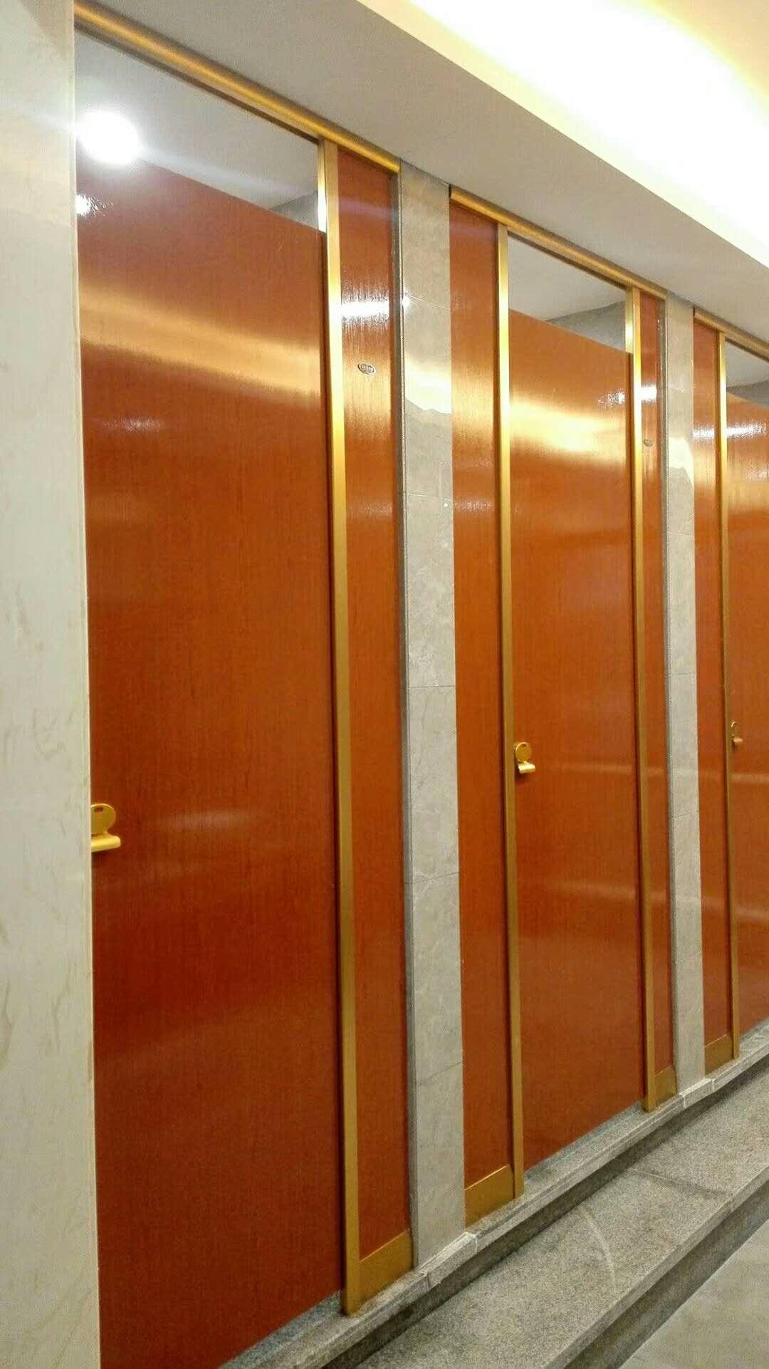 价格适中的卫生间隔断多层实木板推荐 -中国批售隔断板房