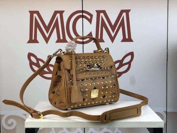 MCM高仿包包批发