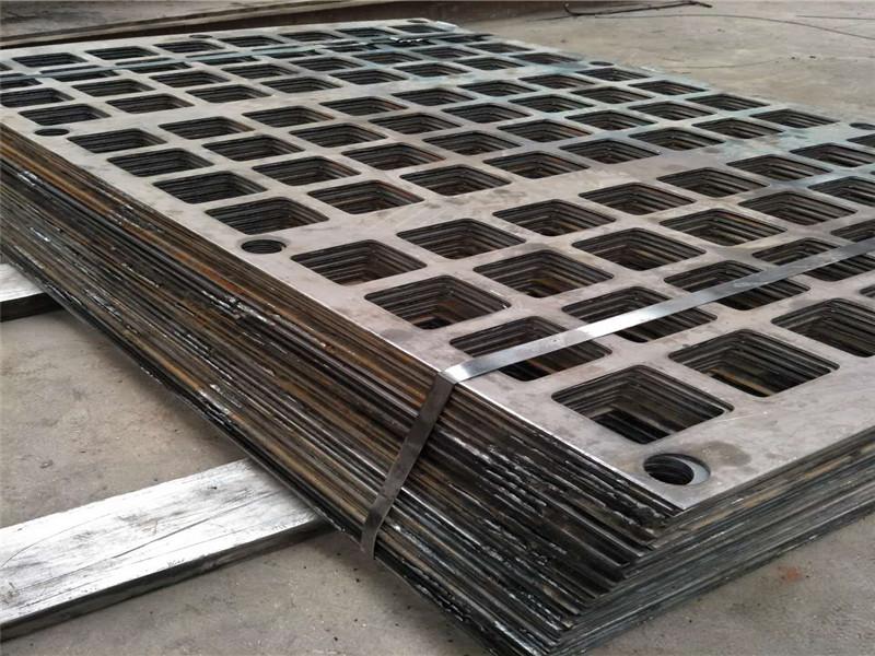 10mm以上加厚钢板冲孔筛板--安平县万诺丝网