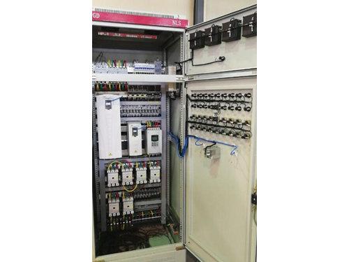 共享變頻器控制柜是什么|陜西價格優惠的變頻器控制柜供銷