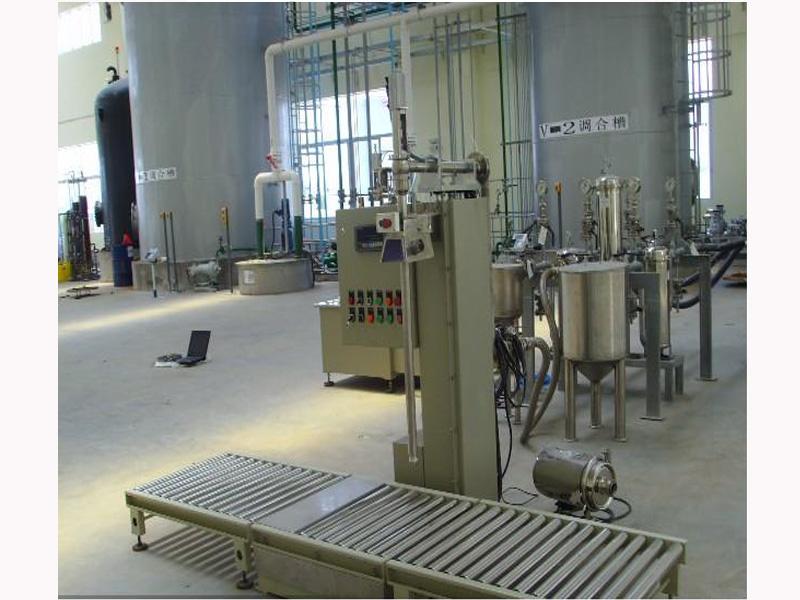 液体灌装机价格广东优质的液体定量灌装机